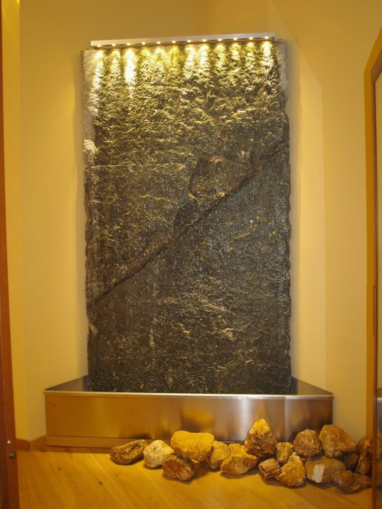 fontana in Luserna Limone Piemonte Excelsior.JPG