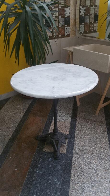 tavolino in BIANCO CARRARA.jpg
